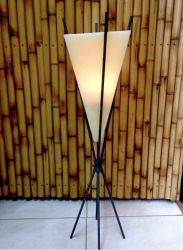 Forma Luminária Pirâmide/Orgonite 20x40